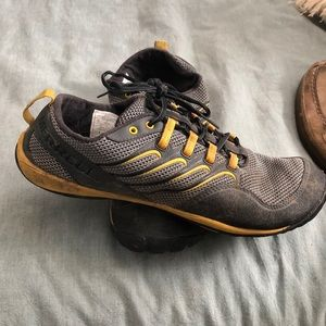 Merrell trail glove size 11